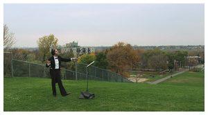 Chef d'orchestre dans un parc